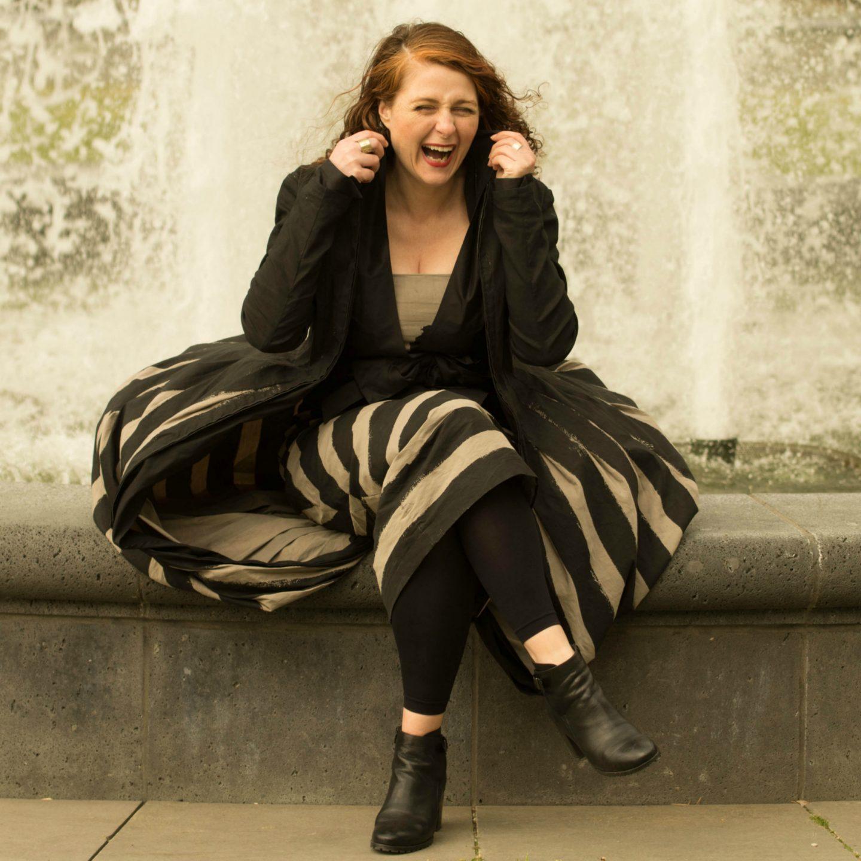 Ü40 Streifenlook Annette Görtz Bloggerin Cerstin aus Köln für den Modeblog iknmlo