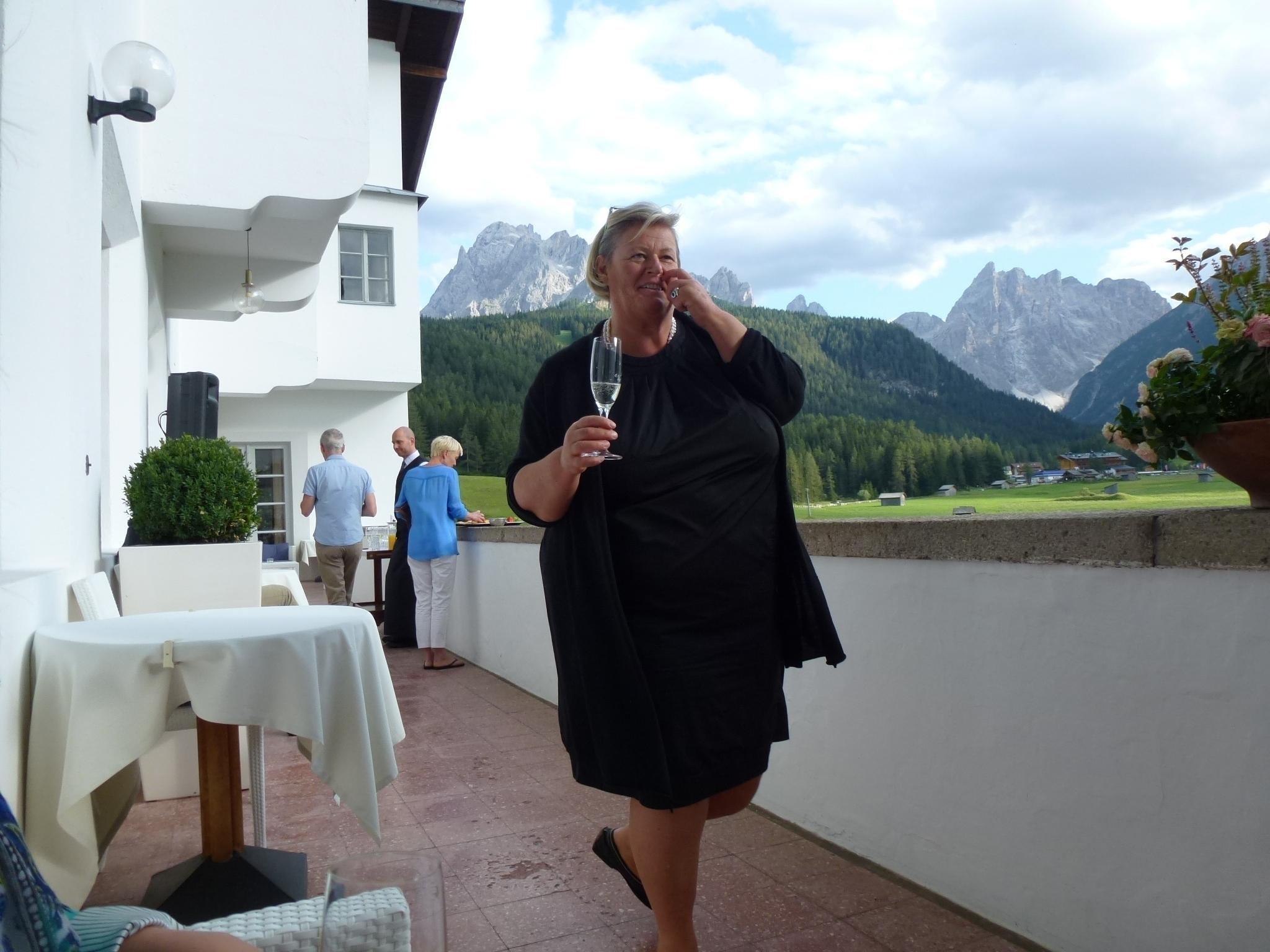 "Hausbesuch bei … Waltraud Watschinger, Direktorin ""Hotel Drei Zinnen"", Sexten"