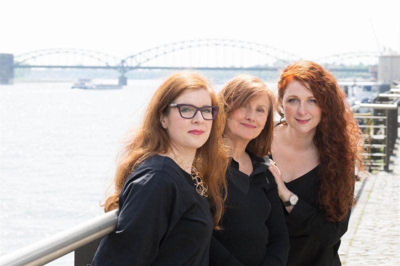Die Ü40 Bloggerinnen von iknmlo wünschen einen guten Rutsch ins Neue Jahr 2018!