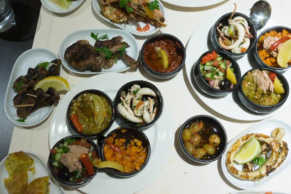 Tunesische Meze im Dar Zmen Restaurant des Laico Tunis 5-Sterne-Hotel Tunesien Erfahrungsbericht