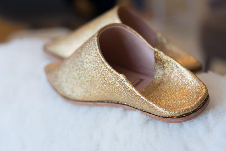 Supersouk concept store Tunis Babouches von Samarkand gold