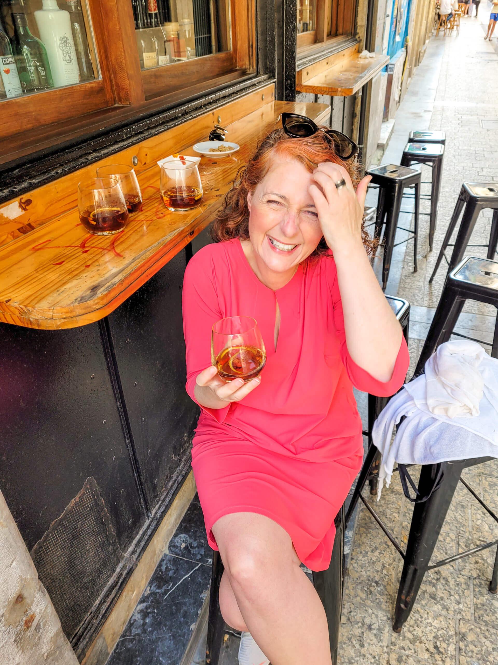 Vermouth in der Bar Minuto y medio in San Sebastián