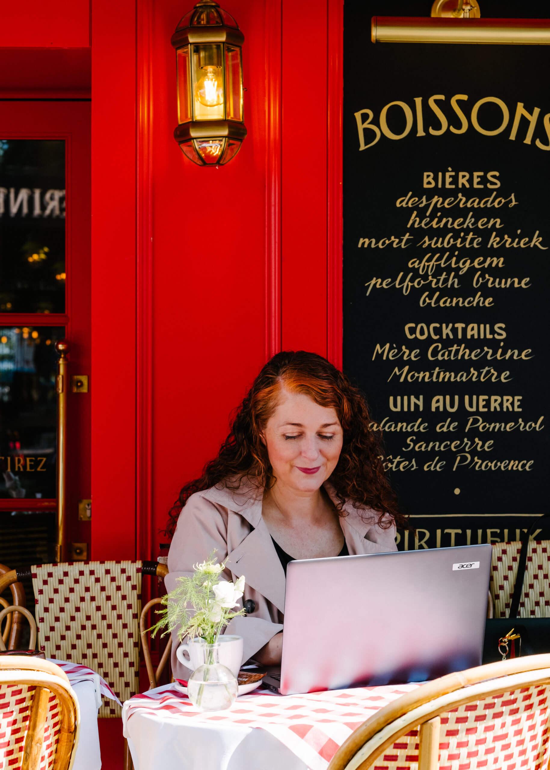 Als ü50 Frau alleine reisen - die 7 besten Tipps für Paris
