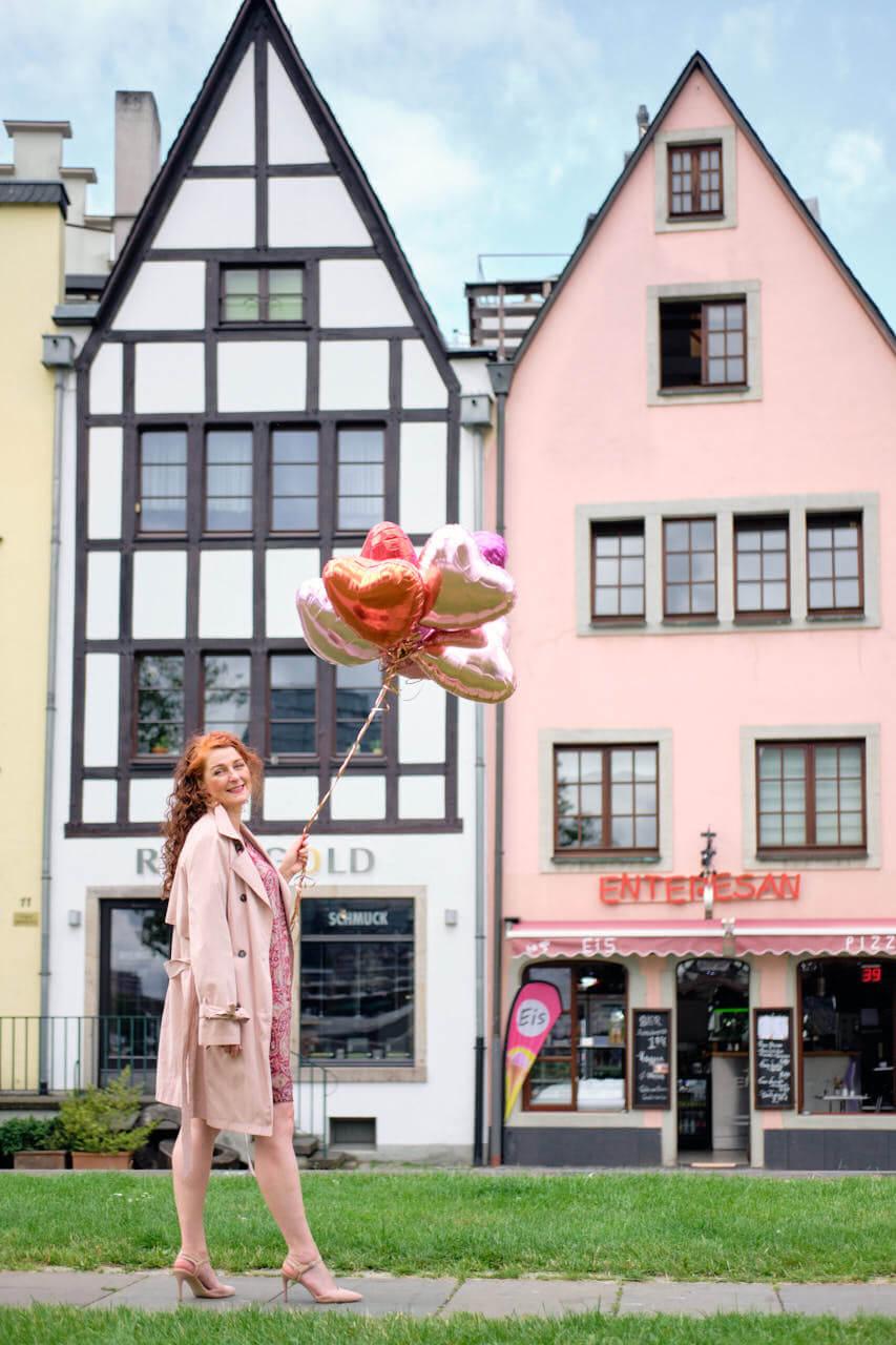 Kölner Frankenwerft vor der Schmuckgalerie Rheingold- die besten Instagram Fotolocations in Köln rund um den Kölner Dom
